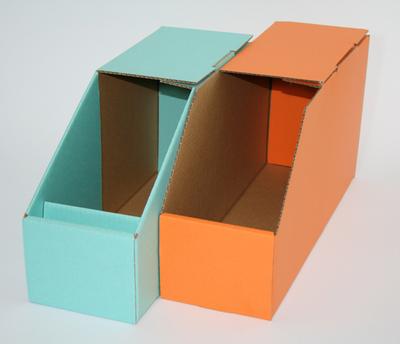 カラー段ボール製の部品箱