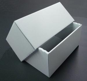 中性紙を使った箱