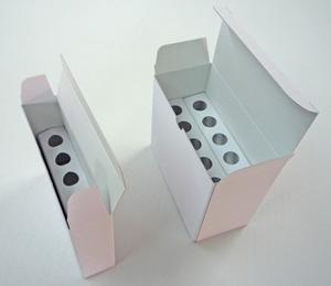 医薬品の箱