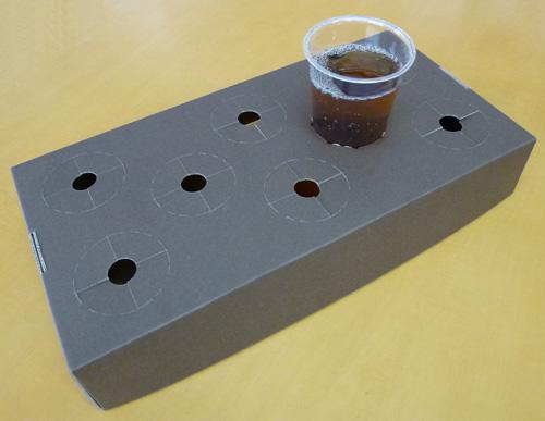 http://www.taiyoushiki.com/case/blogimg/cupholder.jpg